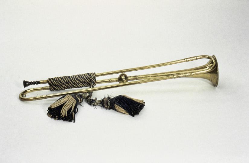 Fotografi av en barokktrompet uten ventiler.