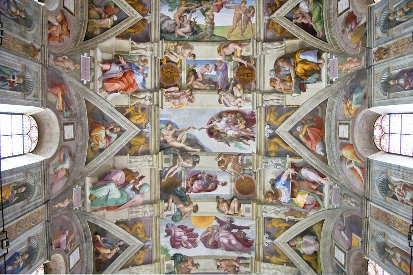 Fotografi av taket i Det sixinske kapell. Taket er malt av Michelangelo, 1508-1512.